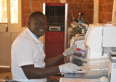 Burkina Faso, Paam Laafi
